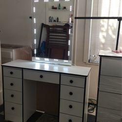 Vanity for Sale in Fresno,  CA