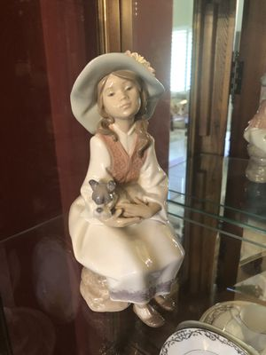 Lladro figurine girl with dog for Sale in Chino Hills, CA