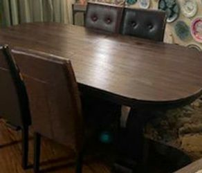 Dining Table With Chairs. Free Delivery for Sale in Glendora,  CA
