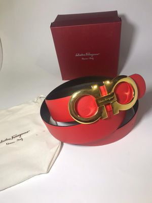 Salvatore Ferragamo Red Reversible Black Belt *Authentic for Sale in Queens, NY