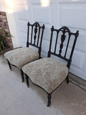 "UNIQUE PAIR OF ANTIQUE PETITE VICTORIAN CARVED MAHOGANY SLIPPER CHAIRS (CIRCA 1890'S) 20""W × 19""D × 29.5""H for Sale in Corona, CA"