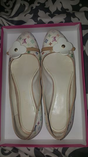 Authentic multicolor Louis Vuitton dress flats for Sale in Brentwood, NC