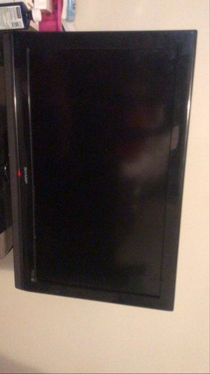 Sharp tv 32 inch for Sale in Cleveland, OH