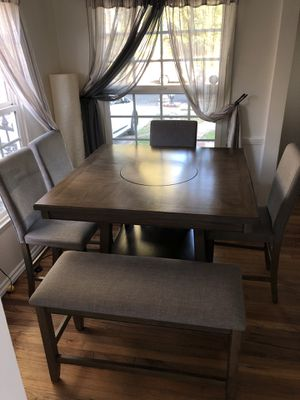 Dining table 6 Pieces for Sale in Los Angeles, CA
