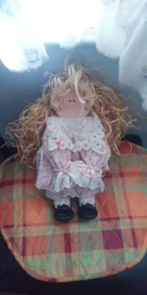Collectible doll for Sale in Fresno, CA
