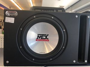 MTX AUDIO Car Amp and Speaker Box for Sale in Chicago, IL