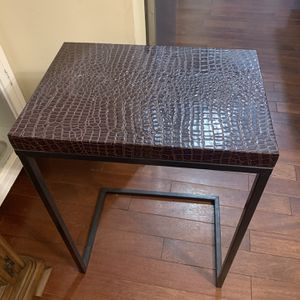 Side Table for Sale in Fairfax, VA