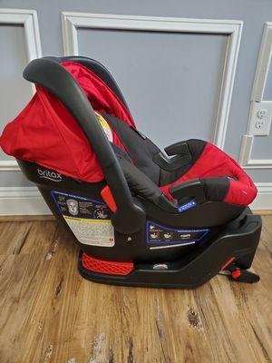Britax B-Safe 35 Infant Car Seat for Sale in Raeford, NC