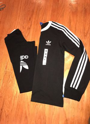 Adidas set for Sale in Vallejo, CA