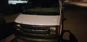 2001 CHEVY EXPRESS for Sale in Phoenix, AZ