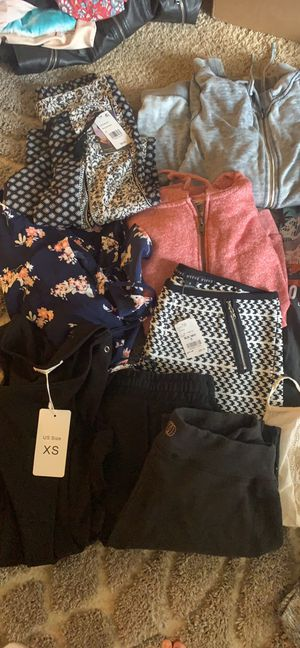 CLOTHING LOT SIZES SMALL AND XSMALL for Sale in Graham, WA