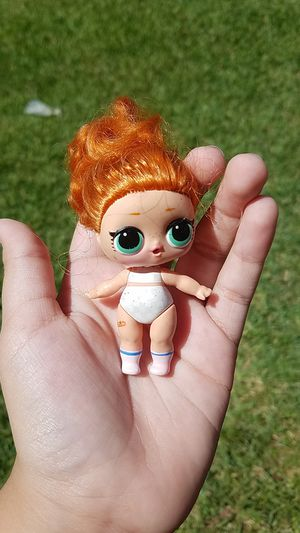 2 lol dolls for Sale in Dickinson, TX