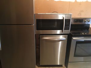 Like new stainless steel package fridge stove microwave dishwasher perfect condition cheap price for Sale in Winter Park, FL