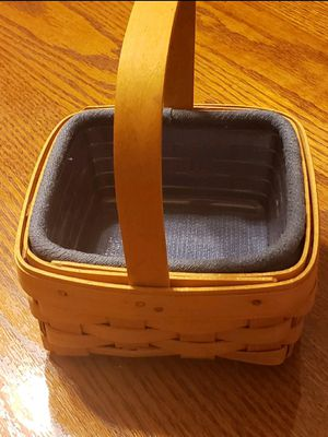 Longaberger Small Square Basket for Sale in CHARLOTT HALL, MD