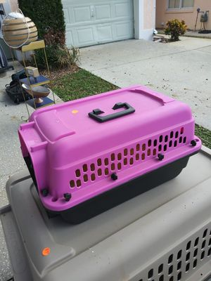 Dog kennel for small dogs for Sale in Wahneta, FL