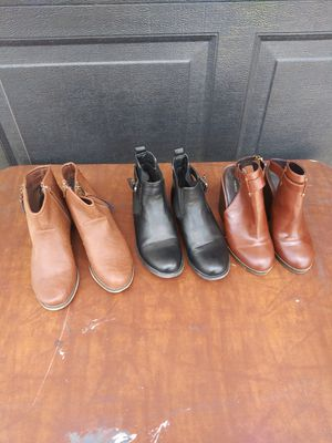 3 pairs of women's shoes size 7 & 7 1/2 for 1 price for Sale in Corona, CA