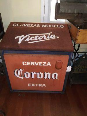 Vintage Victoria Corona Metal Ice Chest w/ Handle & Bottle Opener for Sale in Santa Maria, CA