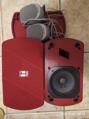 Toa speaker F-150 R pair + pair Polk audio for Sale in Daly City, CA