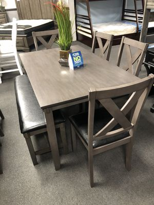 6 pcs Dining table for Sale in Hanford, CA