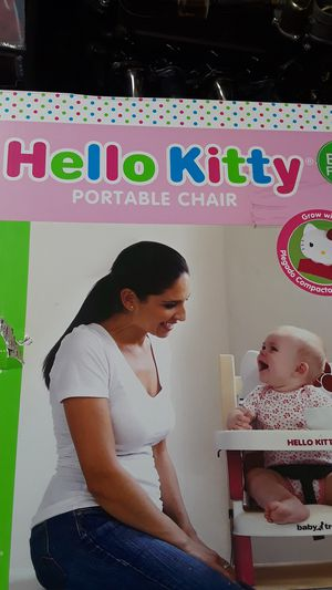 Hello Kitty (Portable Chair) for Sale in Wilmington, CA