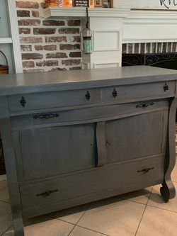 Absolutely Beautiful Refinished 1920's Early Century Tall Bar / Server With Key...Buffet / Sideboard / Media Console / Cabinet / Hutch for Sale in Lake Worth,  FL