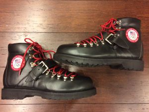 Official Team USA 2014 Winter Olympic Boots - Polo Ralph Lauren for Sale in Ashburn, VA