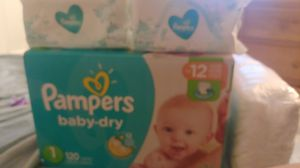 Pamper diaper and wipes for Sale in La Habra Heights, CA