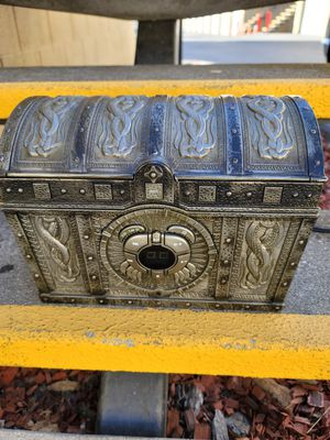 Disney Pirates Of The Caribbean CD Player Boombox Treasure Chest PC500B for Sale in Palo Alto, CA