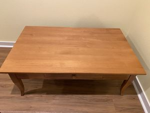 Ethan Allen maple coffee table for Sale in Gig Harbor, WA