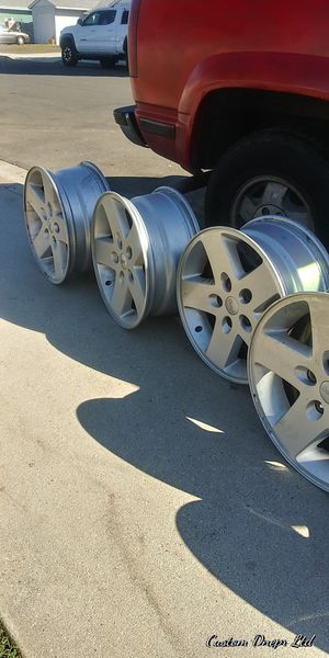 5 Jeep wheels nice for Sale in Santa Ana, CA