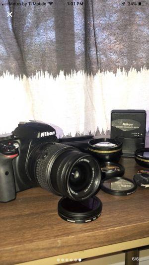 Nikon Camera D3300 w/ AF-S DX NIKKOR 18-55mm for Sale in Annandale, VA