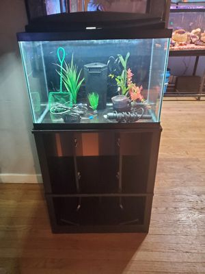 Fish Tank Aquarium 1 for Sale in Norfolk, VA
