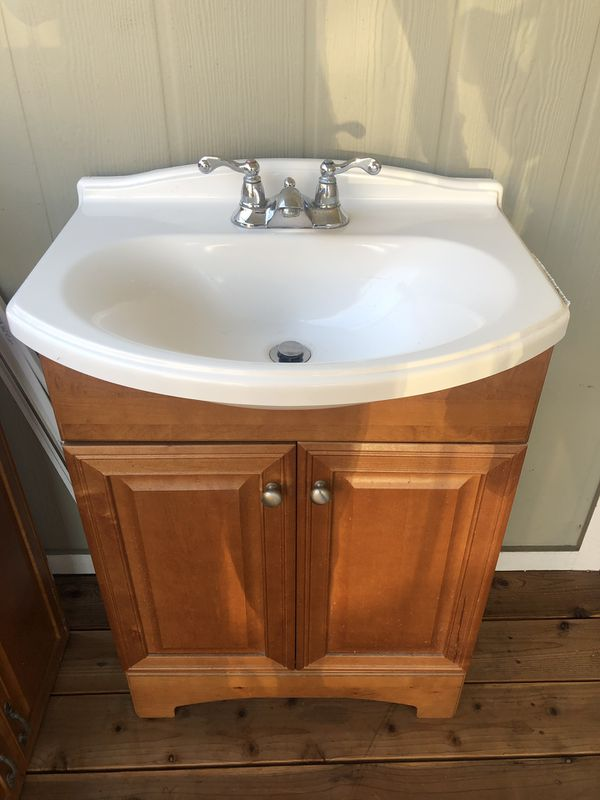 Bathroom sink & cabinet
