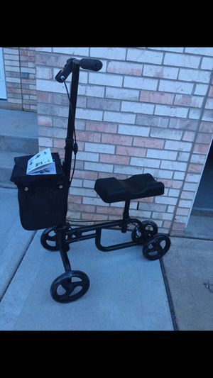 Knee rover for Sale in Woodridge, IL