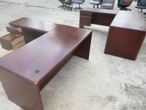 used L-SHAPE DESKS FOR SALE!!!....Each for Sale in Houston, TX