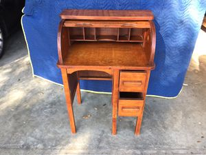 Child's Rolltop Desk for Sale in Brandon, FL