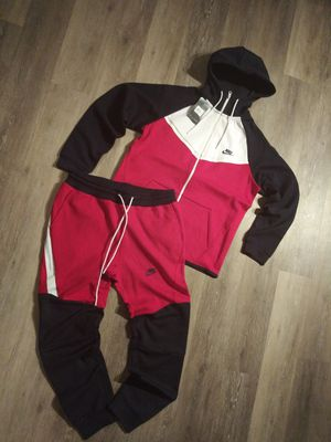 Nike 2 piece set for Sale in Waterbury, CT