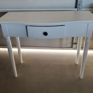 Small Toddler Desk/ Table for Sale in Queen Creek, AZ