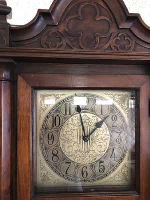 Grandfather Clock for Sale in Hialeah, FL
