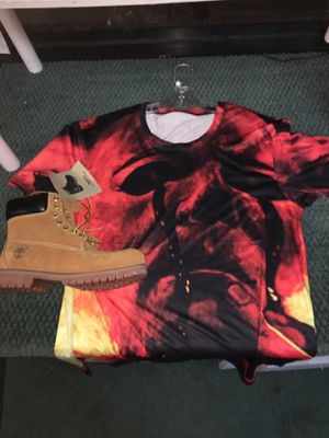 Michael Myers shirt with tims. PLEASE READ!!!!! for Sale in Waterbury, CT