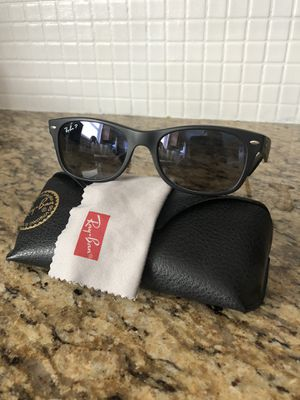 Ray Ban POLARIZED Wayfarer Sunglasses for Sale in Camp Hill, PA