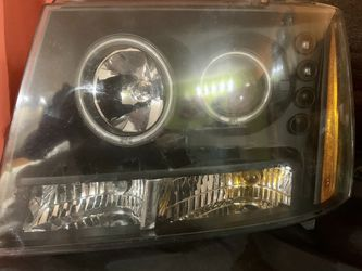 PROJECTOR HEADLIGHTS LED SET for Sale in Seattle,  WA
