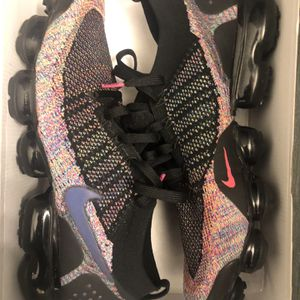 Vapormax 2 Multicolors Size 12 for Sale in Lynnwood, WA