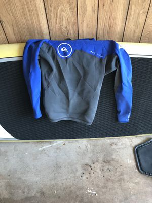 Quicksilver wetsuit top sz small for Sale in Mililani, HI