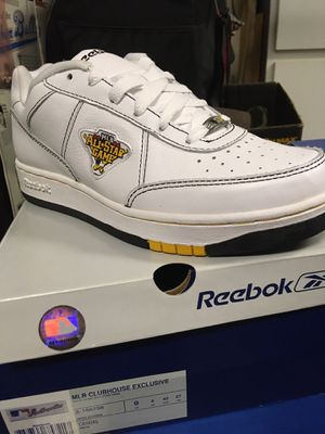 Reebok men's shoes for Sale in Raleigh, NC