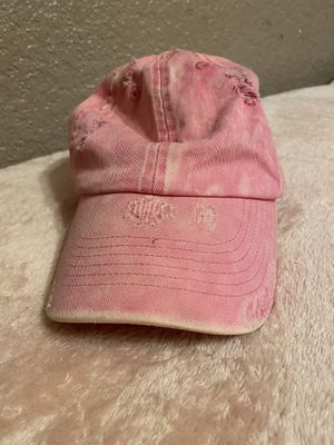 TORN PINK HAT for Sale in Dallas, TX