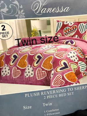 Super soft & very warm twin size blanket 2pc. Pick up 📦🚚 In Perris 🏠🌳 for Sale in Perris, CA