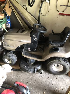 Craftsman LTX1000 Lawnmower Tractor for Sale in Southfield, MI