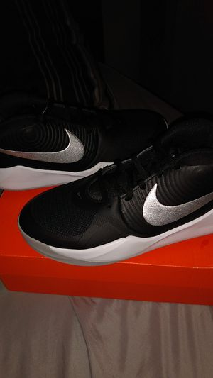 Team hustle D 9 Nike basketball shoes for Sale in San Antonio, TX