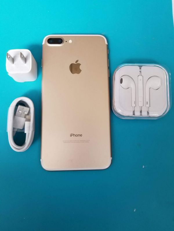 """iPhone 7 plus 128GB FACTORY UNLOCKED"""" Like new with warranty"""